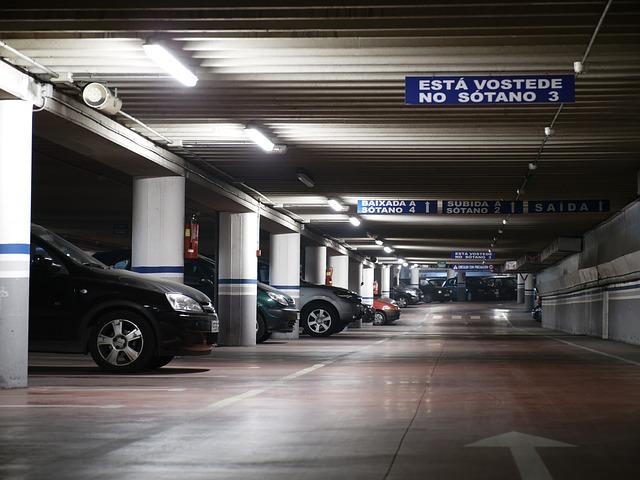 Parkolás a Ferihegyi repülőtéren